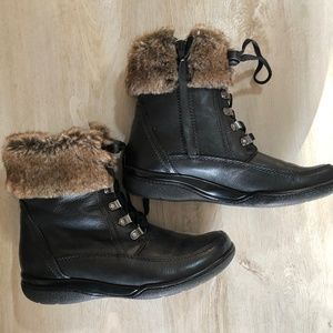 Fully lined rubber grip winter boots